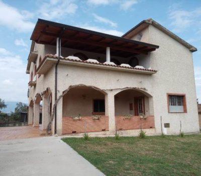 Villa Indipendente – Luzzi