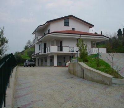 Villa Bifamiliare- San Vincenzo la Costa